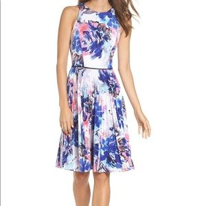 NWT Maggie London Stretch Fit & Flare Dress